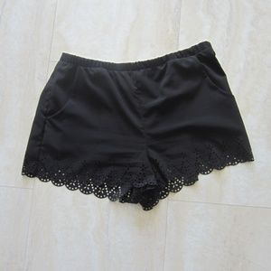 Forever 21 black scalloped shorts